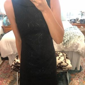 Dresses & Skirts - Black Jacquard Shift Dress